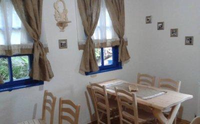 Mari's House Cafe & Restaurant